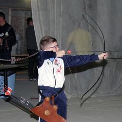 Из лука – по правилам «Практической стрельбы».