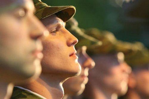 Коломенцев проводили на службу в армию