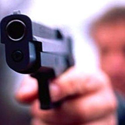 Мужчина из ревности убил свою подругу в ТЦ в Коломне и застрелился