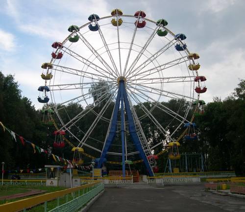 Коломенский парк Мира: взгляд со стороны