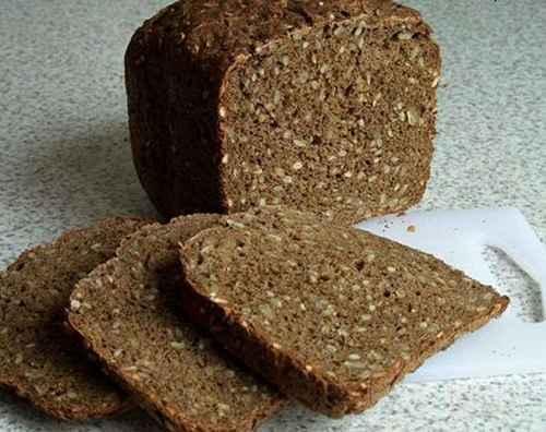 Видео: В коломенском хлебе нашли кусок стекла