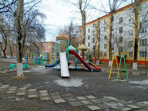 Глава Госадмтехнадзора призвала муниципальные власти обратить внимание на детские площадки