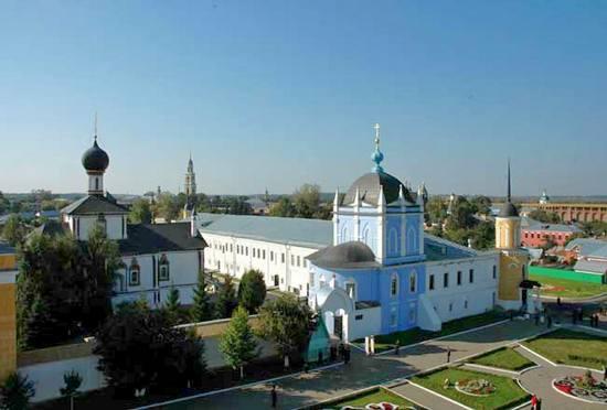 Свято-Троицкий Ново-Голутвин монастырь