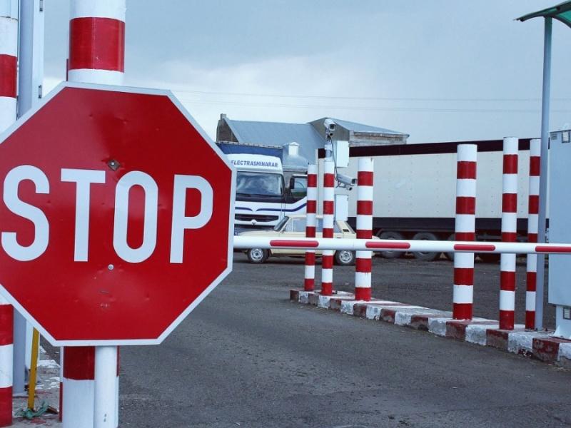 6 жителям Подмосковья могут запретить выезд за границу  за нарушения правил чистоты и порядка